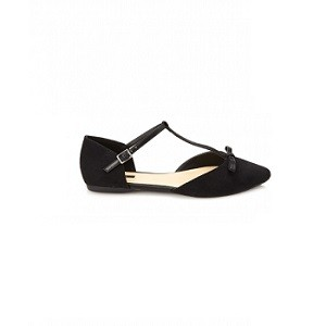 9. Forever21 Pointed T-Strap