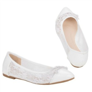 2.Maxine White Lace