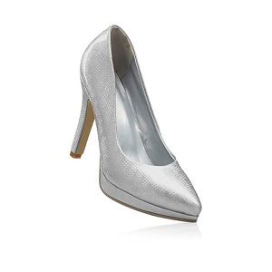 10.Rainbow Silver Pumps