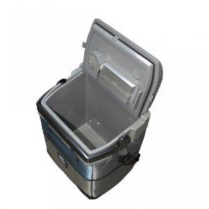 Lada frigorifica auto - task 2